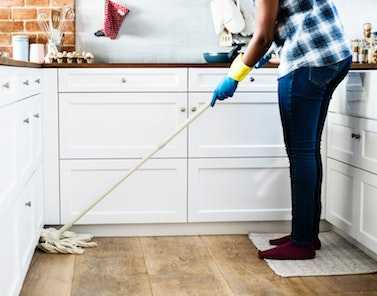 what is the best vacuum for tile floors?